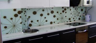 Glass showers. Glass doors, Glass partitions