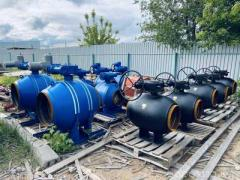 Куплю! засувки затвори кульові крани клапани m в Волгограді