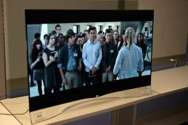"LG EG9600 series 55 ""class 4K Smart Curved OLED 3D TV"