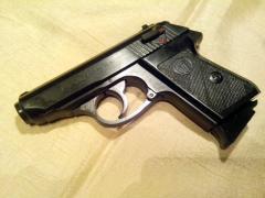 Стартовый пистолет Эрма 75 с