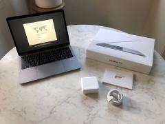 Яблоко MacBook Профессиональное 13.3 Середине 2017 (В Whatsapp: +15862626195)